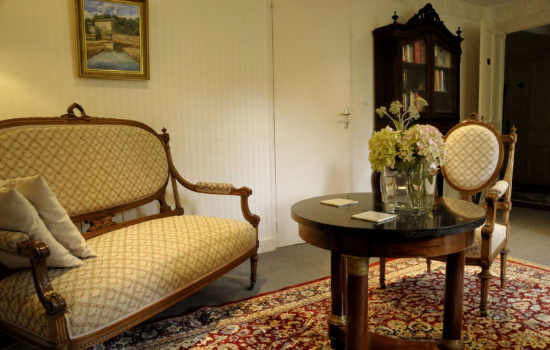 Indoors photos of our luxury b b bed and breakfast in for Chambre d hote de charme bretagne